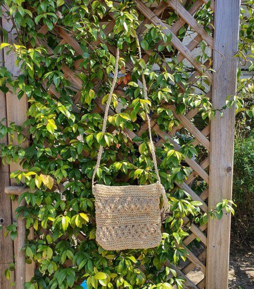 agel slingbag with plants