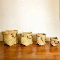 4 natural baskets